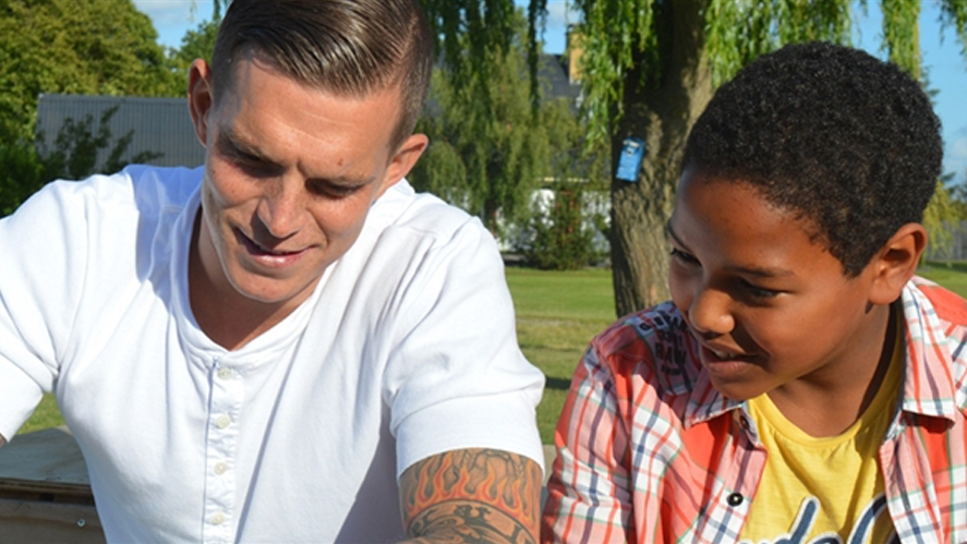 Daniel Agger visited Lær for Livet's summer camp